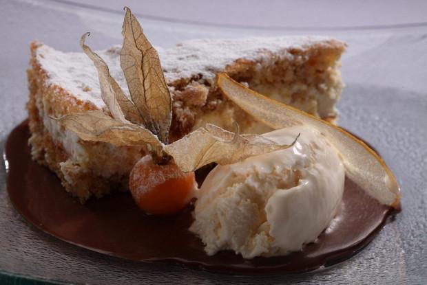 Грушевый пирог с рикоттой от Фабрицио Фатуччи