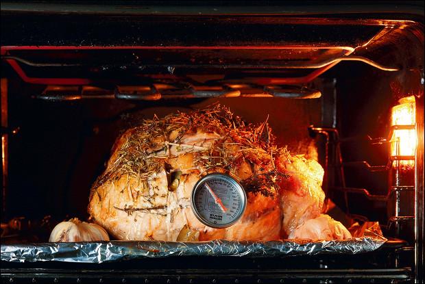 Запеченный свиной окорок