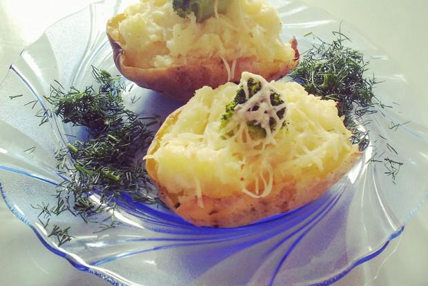 Картофель, запеченный с цветной капустой и брокколи