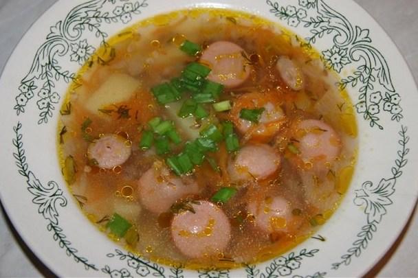 Суп с сосисками и макаронами