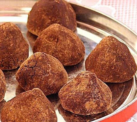 Шоколадные трюфели с грецкими орехами