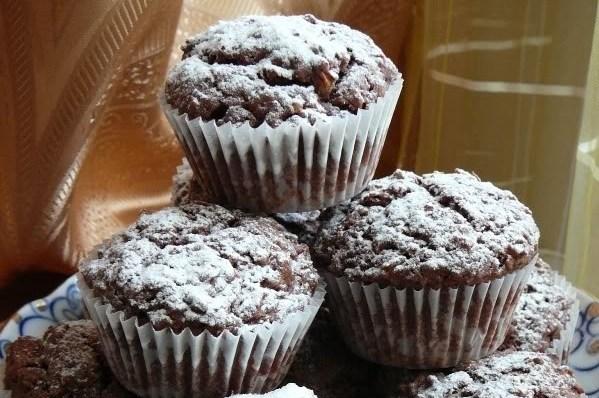 Шоколадные маффины с тертым шоколадом