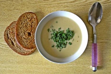 Нежный чесночный крем-суп