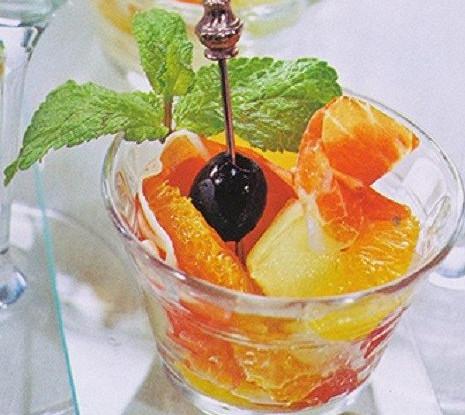 Ветчина с апельсином и дыней