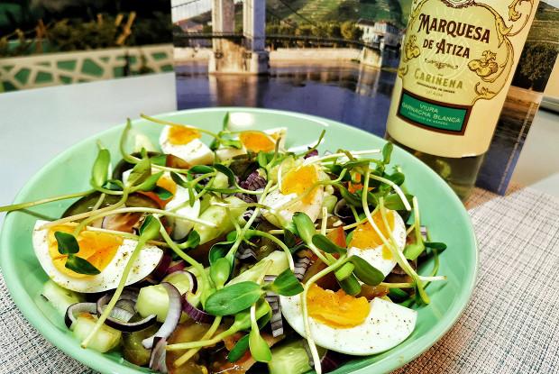 Овощной салат с льняным маслом