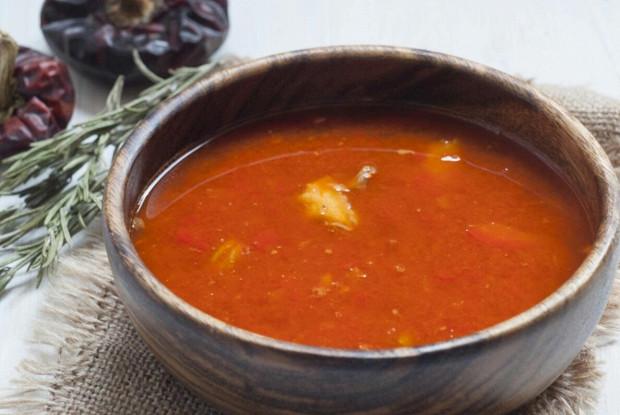 Рыбный венгерский суп «Халасле»