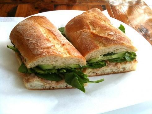 Сэндвич с курицей с чиабаттой