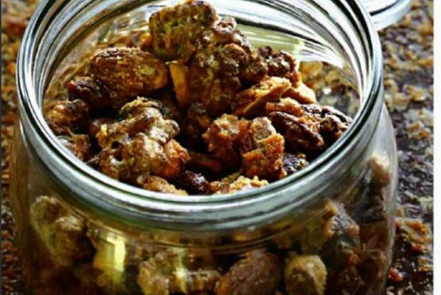 Засахаренные орехи с кайенским перцем