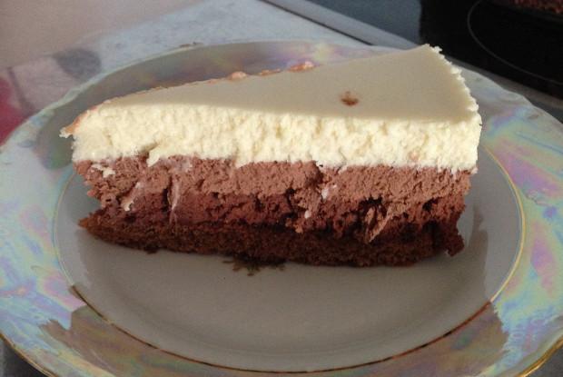 Торт-мусс «Три шоколада» со сливочным ликером