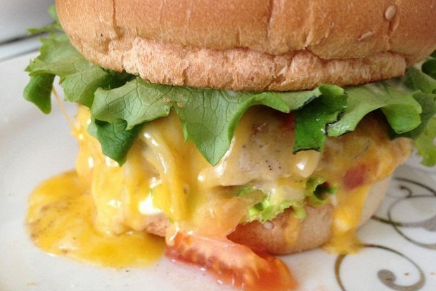 Чикенбургер с горчицей