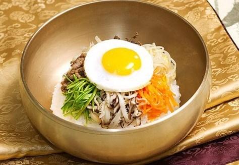 Рисовый микс с мясом «Пибимпап» (비빔밥)