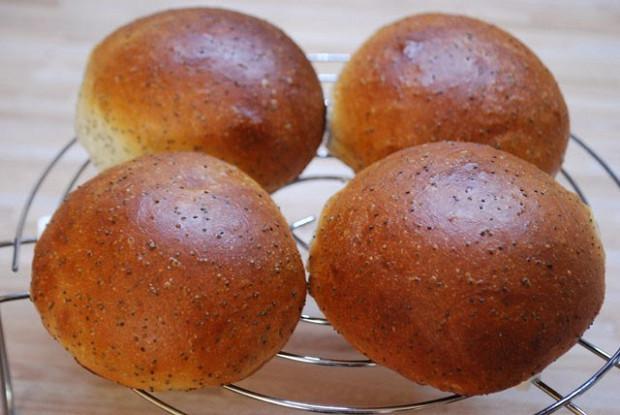 Маковые булочки из творожного теста