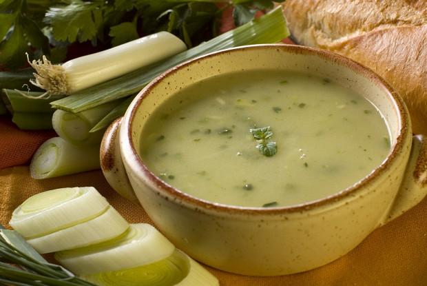 Луковый суп с моллюсками
