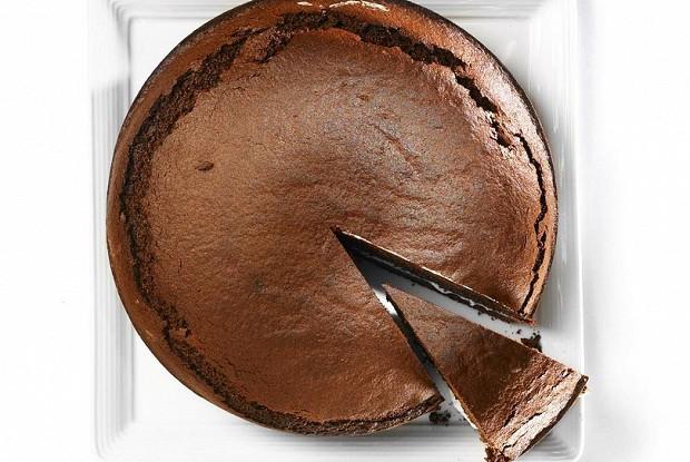Пирог из черемуховой муки