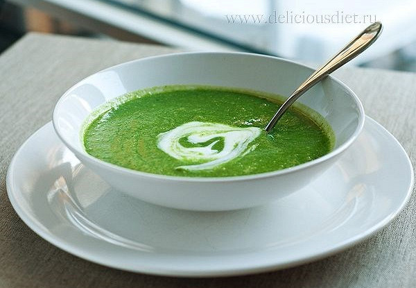 Легкий суп-пюре из шпината