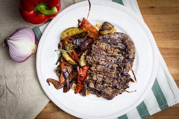 Рамштекс с овощами