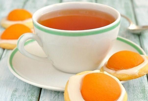 Печенье «Яичница» из абрикосов