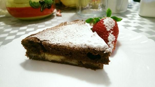 Шоколадный кекс с банановой прослойкой