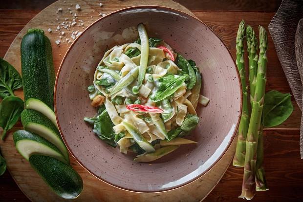 Тальятелле с зелеными овощами от ресторана «Тарантино»