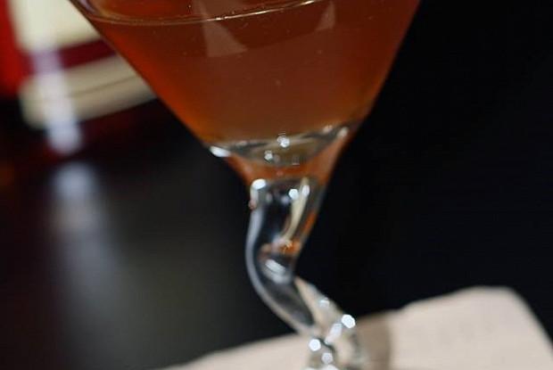 Коктейль Амаретто сауер ( Amaretto Sour)