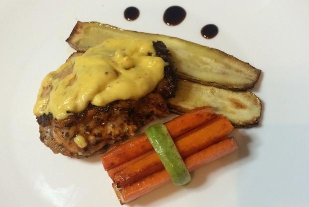 Филе бедра цыпленка под горчично-сырным соусом
