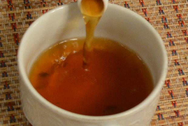 Вкусный чай с чабрецом и мятой