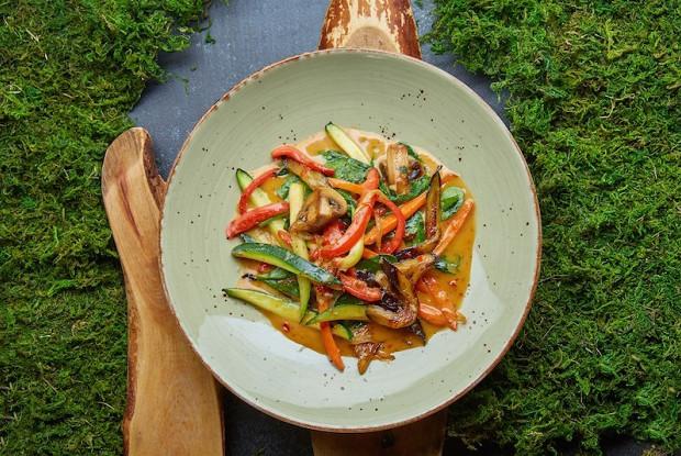 Овощи томленые в соусе «Тарантино»