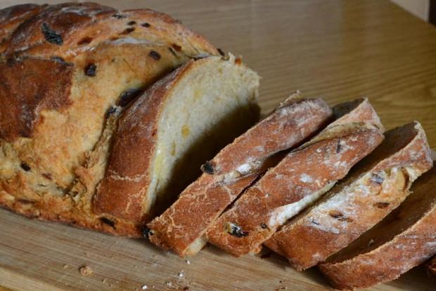 Луковый хлеб на кефире