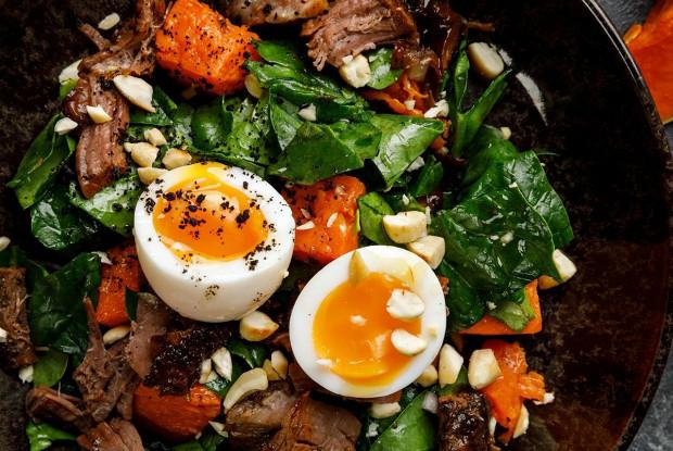 Салат с тыквой и брискетом
