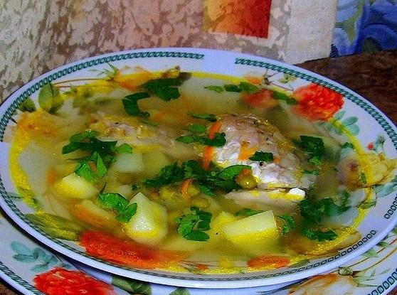 Суп с пеленгасом и горошком