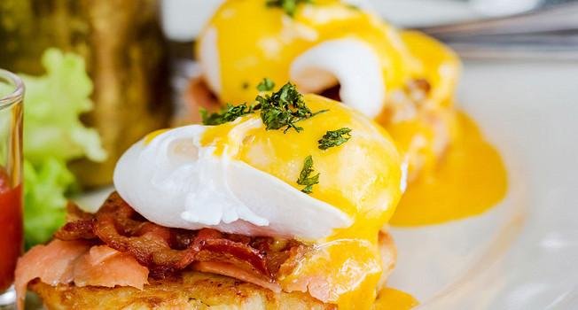 Почему яйца обычно едят на завтрак?